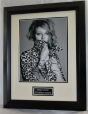 A727JF JODIE FOSTER SIGNED